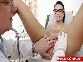 Kirsten plant binnenin gyno ziekenhuis bizar bosje checkup