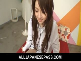 Japońskie cutie ria sakurai has jej furry muff filled z chuj