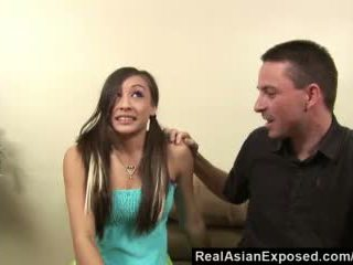 Realasianexposed - aziāti aukle gives torrid sekss līdz glabāt viņai darbs video