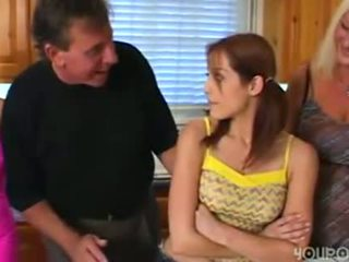Vecs solis tētis seduced jauns pievilcīgas pusaudze meita