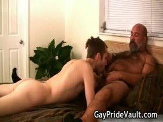 Bushy homo בת זונה שעירה עשייה את sext juvenile 9 על ידי homopridevault