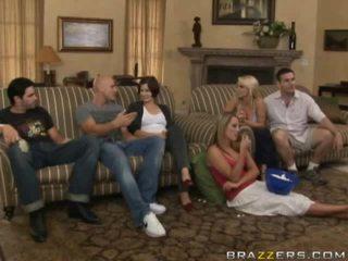 Volný akt mezi rodina porno video