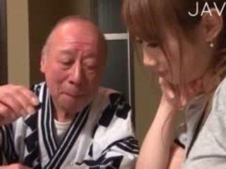 ญี่ปุ่น, ทารก, เก่า + หนุ่ม