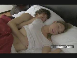 Сън чукане мама