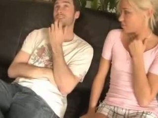 Broer en sister en dronken moeder - hornbunny. com