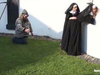 Catholic nuns dan yang raksasa! gila raksasa dan vaginas!