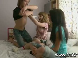 Harcore trio con schoolgirls