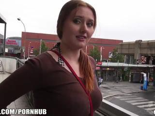 Mofos - rosso capelli, grande tette