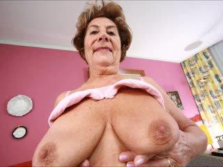 Delicious groß brüste 4