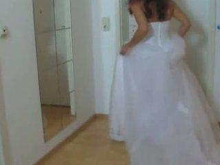 Cô gái trong cô ấy đám cưới váy fucked lược cứng 1