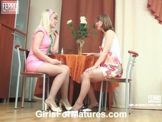 Silvia And Inessa Pussyloving Mommy Inside Process