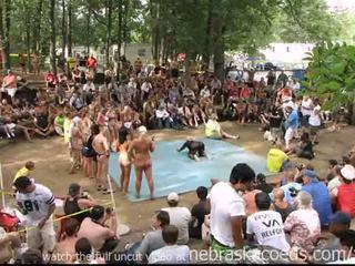 Strippers competing za gospodična goli north america nagrada