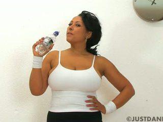 big, boobs, donna