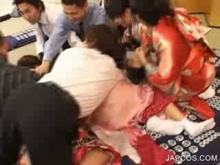 Japonská geisha gets ústa fingered