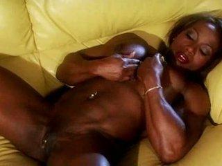Czarne muscle female masturbate wideo