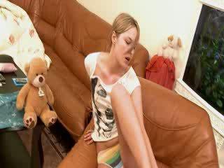 Extra horký blondýnka prstoklad ji hole