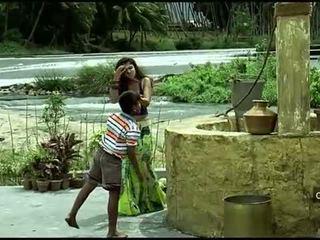 Nayanthara chaud navel et nichons compilation