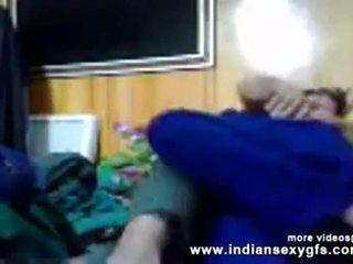 Indisch seks pathan dokter neuken patiënt in zelfgemaakt mms