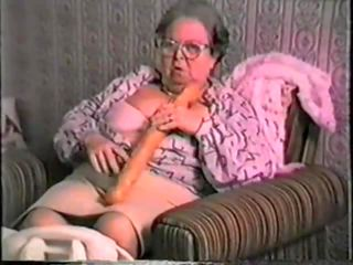 Grn amt vnt 1: bezmaksas vecmāmiņa porno video c7