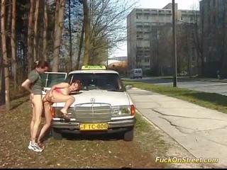في سن المراهقة الشرجي مارس الجنس بواسطة taxi driver