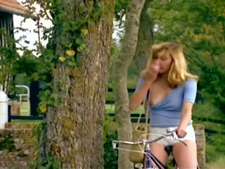 Zizis en folie 720p: vintage hd porno video- 8a