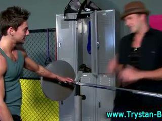 Bintang porno muscle hunks eating jago