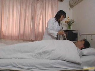 ओरिएंटल डॉक्टर रोगी पोर्नो vid