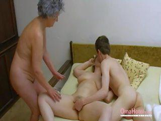 Omahotel viejo trío peluda madura masturbation: porno 0d