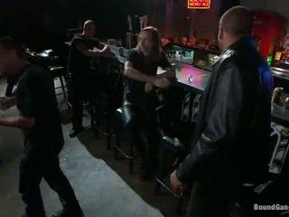 Melody jordan has gangbanged ב the אופנוען בר