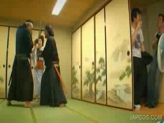 Orientálne geisha shows kozy a kurvička