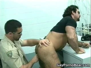 Gratis homo bears fucked and sucked