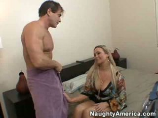 কোনো অশ্বচালনা আদর্শ, বড় tits সুন্দর, অধিক boobs