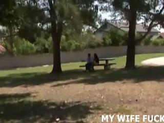 Skaties jūsu sieva drātēšanās a stranger, bezmaksas porno c9