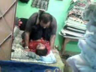 ناضج أقرن الباكستانية زوجان enjoying باختصار muslim جنس session