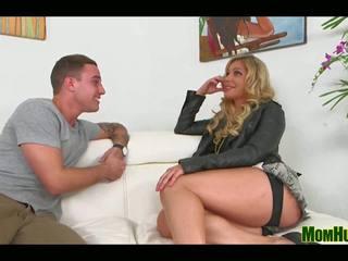 Getting esso in: gratis milf predatore canale hd porno video 14