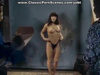 뜨거운 포르노를 주조