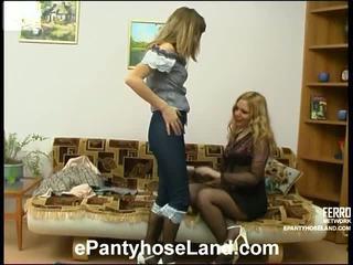 Maria và etta bẩn pantyhose sự vận động