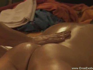Erotis tantra brings eternal pengetahuan