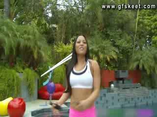 Sexy latino adrianna luna è scopata da suo trainer