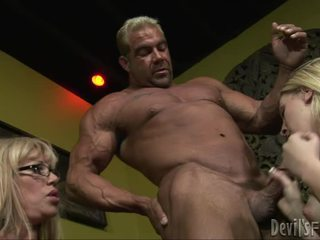 blow job, groepsex, mens grote lul neuken
