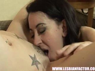 laatu lesbo seksiä laatu, big breast katsella, lesbo
