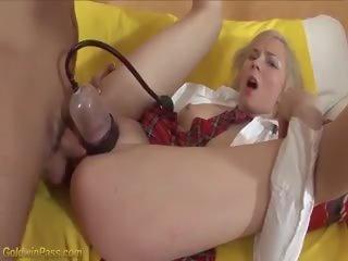 Jong schoolmeisje extreem geneukt, gratis hd porno 81
