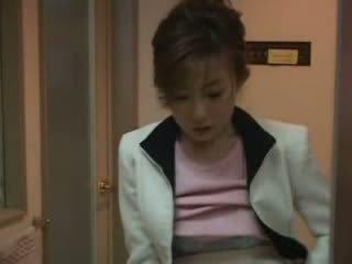 Japānieši māte noķerti nephew raušana video