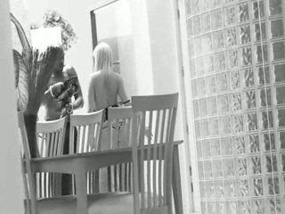 blondes, antara kaum, web pelakon prono