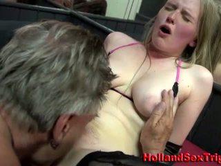 Prostitutka gets ráfekpráci a připojenými opčními výstřel