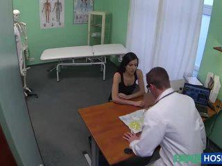 সেক্সি মিলফ wants breast implants pounded