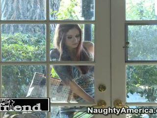 Liels prieks par parīze kennedy apkārt viņai undressed guy