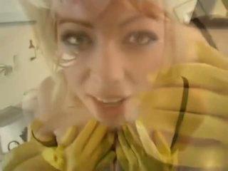 Adrianna nicole di yellow karet sarung tangan - porno video 841