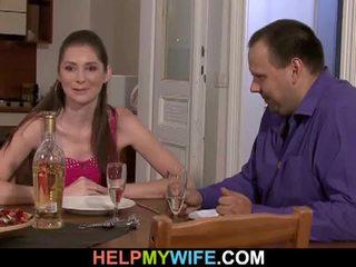 دهن زوج pays ال بيتزا guy tot اللعنة له زوجة