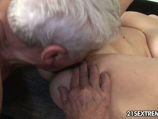 si rambut coklat, seks oral, seks faraj
